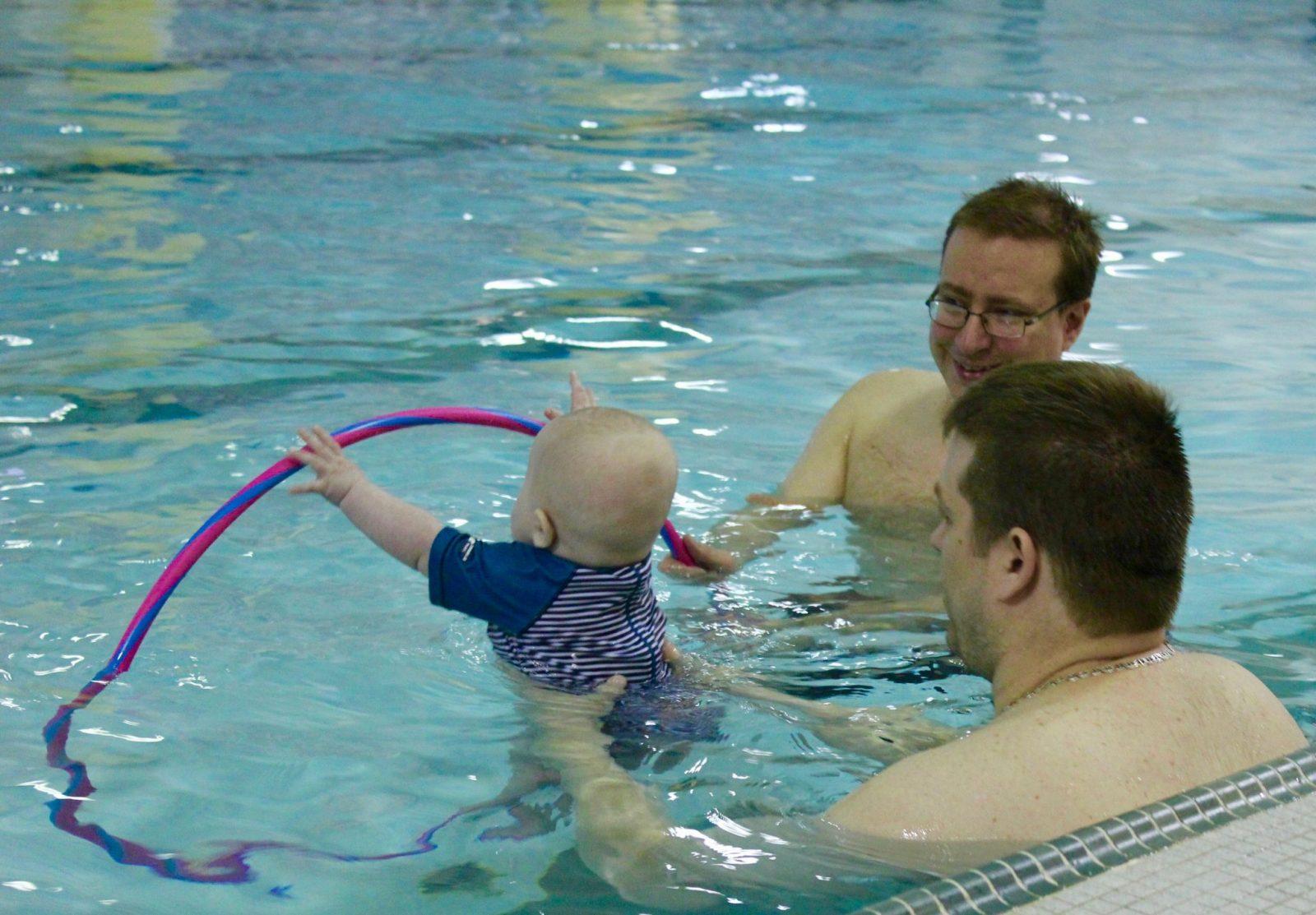 cours de piscine : 50 au-bambin: Source Cynthia